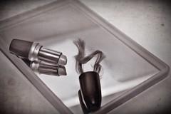 Mit 17... (Explore 18.5.18) (Uli He - Fotofee) Tags: ulrike ulrikehe uli ulihe ulrikehergert hergert nikon nikond90 fotofee blitzhexe locken locke lippenstift spiegel familie teich schloss schlossfasanerie fulda