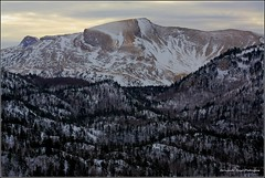 La Paquiza de Linzola 2.104 mts (gjedbz) Tags: paisaje atardecer ocaso montaña roca nieve valle bosque pirineo navarra