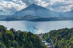 Sigriswil - Schweiz (Hans van Bockel) Tags: hansvanbockel d7200 niessen nikon sigriswil zwitserland ch thun thunersee bergen uitzicht panoramabrug bridge brücke 1680mm