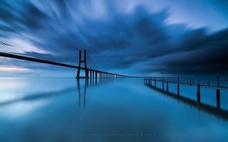 Blue vertigo