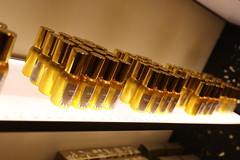 Flacons (CHRISTOPHE CHAMPAGNE) Tags: 2018 grasse france 06 alpes maritimes fragonard parfum flacon