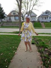 Feel Like A Woman-- (Laurette Victoria) Tags: dress sidewalk floralprint shrug pumps hat laurette woman mothersday