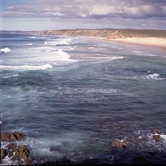 endless waves (gato-gato-gato) Tags: 35mm 6x6 aljezur iso400 ilford ls600 nikkorp12875mm noritsu noritsuls600 pt portugal s2 s2a slr zenzabronica analog analogphotography believeinfilm film filmisnotdead filmphotography flickr gatogatogato gatogatogatoch homedeveloped mediumformat tobiasgaulkech wwwgatogatogatoch faro bronica 75mm nikkor oldschool classiccamera 1960s mittelformat 120 120film landschaft landscape landscapephotography outdoorphotography berge mountains mountain gebirge fels stein stone rock holidays ferien urlaub algarve reise travel adventure trip