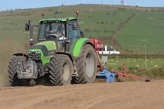 Deutz Fahr Agrotron 6210 C-Shift Tractor with a Lemken Power Harrow & Kvernland S-Drill Seed Drill (Shane Casey CK25) Tags: deutz fahr agrotron 6210 cshift tractor lemken power harrow kvernland sdrill seed drill sdf df green johnstown county kilkenny samedeutzfahr deutzfahr sow sowing set setting drilling tillage till tilling plant planting crop crops cereal cereals ireland irish farm farmer farming agri agriculture contractor field ground soil dirt earth dust work working horse horsepower hp pull pulling machine machinery grow growing nikon d7200 traktor traktori trekker trator tracteur ciągnik