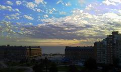 Por las nubes (mnovela2293) Tags: buenos aires argentinamardelplata