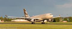 A6-EYF Etihad Airways Airbus A330-243 (Niall McCormick) Tags: dublin airport eidw aircraft airliner dub aviation a6eyf etihad airways airbus a330243 a332