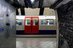 Looking out - Lambeth North (Luke Agbaimoni (last rounds)) Tags: londonunderground london tube train transportforlondon lambeth window