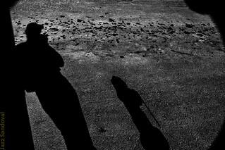 Autorretrato en la sombra. Arrecife, Lanzarote, febrero 2009.