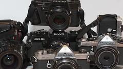 K-mount SLR (lignesbois) Tags: matériel gear appareilphoto réflex slr kmount ricoh xr2s pentax me mx mesuper programa supera