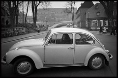 The beauty and the beetle in Goslar... (iEagle2) Tags: vw volkswagen beetle goslar
