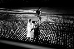 _DSF6908 (Runs With Scissors) Tags: nyc x100t ©kensteinphotography dumbo brooklyn bride groom couple rails railroad