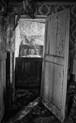 Maison Yellow Curtains (Hélène Lili) Tags: urbex urban exploration urbaine lost place house maison yellow curtains old forgotten decay car explore explorer colors light nb bw belgium ue canon 100d doraurbex teamlili abandoned