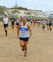 0D2D3767 (Graham Ó Síodhacháin) Tags: harbourwallbanger wallbanger broadstairs ramsgate 2018 thanetroadrunners race run runners running athletics vikingbay creativecommons