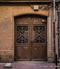 Rue Malcousinat, Toulouse (Ivan van Nek) Tags: ruemalcousinat toulouse hautegaronne 31 france frankreich frankrijk occitanie midipyrénées deur porte tür door doorsandwindows architecture architectuur nikon d7200 nikond7200