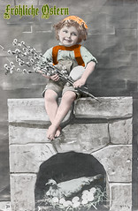 Ostergruß aus dem Jahr 1911 (zimmermann8821) Tags: weidenkätzchen hosenträger frisur hemd hose lederhose kappe kopfschmuck mode mütze tracht ostern atelierfotografie cartedevisite fotografie fotografiekoloriert gruskarte gruskartefeiertag postkarte kulisse deutscheskaiserreich deutschesreich kind knabe kamin huhn nest eier henne stroh ostergruss ostergrus osterkarte