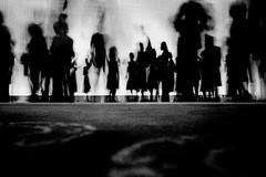 people 568 (soyokazeojisan) Tags: japan osaka bw blackandwhite monochrome analog olympus m1 trix kodak film 1970s 1974 568 memories 昭和