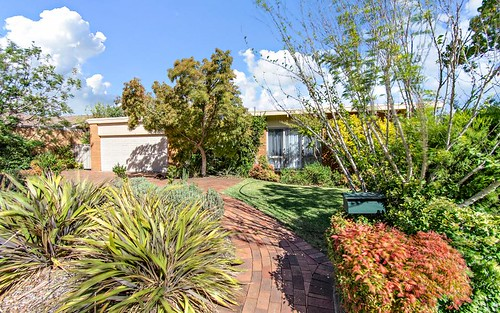 301 Southern Cross Dr, Holt ACT 2615