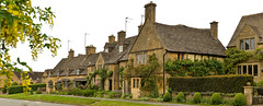 BROADWAY (chris .p) Tags: broadway worcestershire england nikon d610 cotswold village capture uk spring 2018 cotswolds may buildings houses