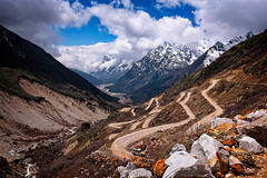 Road to Zero Point with view of Yumthang Valley below, Lachung, Sikkim (CamelKW) Tags: sikkimindia2018 sikkim india in road zeropoint yumthangvalley lachung