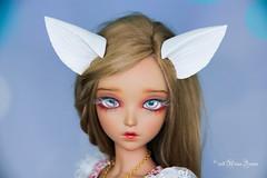 White ears with extra fuffy tail MSD/SD (AnnaZu) Tags: minifee ears wolf fox magnetic fairyline alicia fantasy parts fluffy tail dollfairyland annazu annaku vesnushkahandmade bjd abjd balljointed doll polymer clay commission