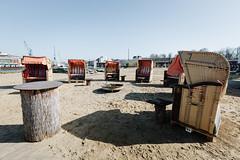 strandbar (hansekiki ) Tags: lübeck schleswigholstein hafen strand strandkorb beach canon 5dmarkiii
