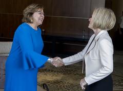 Alberta Premier/première ministre de l'Alberta Rachel Notley with/avec Susana Martinez, Governor of New Mexico/gouverneure du Nouveau-Mexique