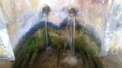 35 - Au nord de Bastia, Erbalunga, la fontaine sur le port (paspog) Tags: erbalunga bastia corse france capcorse may mai 2018 port hafen haven fontaine fountain