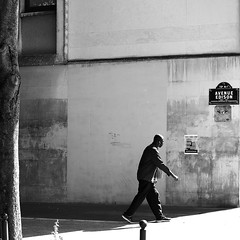 The decided man (pascalcolin1) Tags: paris13 homme man mur wall arbre tree coin corner soleil sun ombre shadow photoderue streetview urbanarte noiretblanc blackandwhite photopascalcolin 50mm canon50mm canon