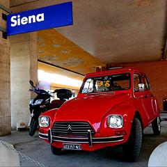 Citroën Dyane, Siena (pom'.) Tags: panasonicdmctz101 siena toscana tuscany italia italy europeanunion april 2018 car vintagecar citroën citroën2cv dyane citroëndyane red redcar stazione 1967 1983 200 5000