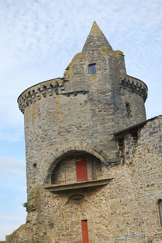 Вітре Замок InterNetri  France 18