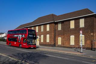 Stagecoach London 10325 SN16OKG route 145 Dagenham