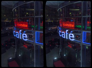 Café at night time 3-D / CrossView / Stereoscopy / HDRaw