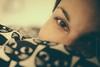 Katzenkissen (Daniel Stroebel) Tags: frau schönheit erotisch girl auge gesicht porträt femal blick licht schatten vorhandeneslicht brauneaugen avaliblelight nikon d500 35mm deutschland bayern woman beauty erotic eye face portrait look light shadow lightavailable browneyes germany bavaria low 18