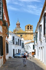 Carmona : Las Descalzas convent (Pantchoa) Tags: carmona andalousie espagne rue ville maison ruelle clocher église couvent lasdelcalzas santamaría