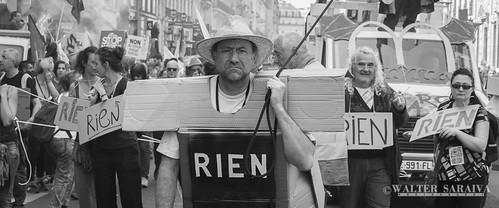 Fête à Macron-11