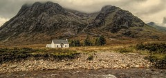 lagangarbh hut (grahamd4) Tags: landscape scotland mountains munro
