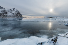 Sun and Ice (Keith - Glasgow) Tags: arctic d850 winter lofoten landscapes shore norway wildphotographyholidays wintersun travel wph straumsbukta seaice sea coast rocks ice nordland no