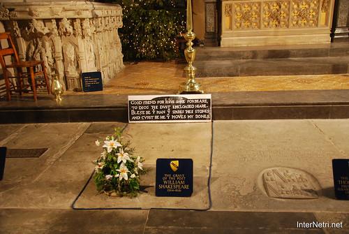 Стретфорд-на-Ейвоні Могила Шекспіра InterNetri Велика Британія 2011 093
