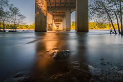 Golden flood @ South Carolina (Marcel Tuit | www.marceltuit.nl) Tags: 2014 america amerika columbia congareenationalpark marcel marcha southcarolina usa unitedstatesofamerica bridge brug congaree contactmarceltuitnl flooded goldenlight goudenlicht langesluitertijd longexposure marstutiblogspotcom overstroomd river rivier roadtrip rock rondreis roundtrip steen wwwmarceltuitnl
