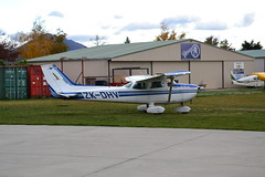 U-Fly Wanaka (Simon_sees) Tags: ufly training flight 172 cessna