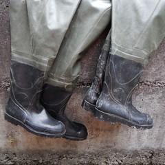 Armeewathose-Bach4247 (Kanalgummi) Tags: sewer worker rubber chest waders wathose gummihose kanalarbeiter égoutier