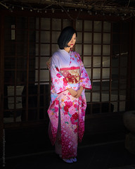 Pretty in Pink (josefrancisco.salgado) Tags: apple higashiyamaku japan kyoto iphone iphone8plus kimono mujer woman kyōtoshi kyōtofu jp streetphotography