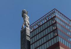 Herkules von Gelsenkirchen (wpt1967) Tags: bergbau eos6d förderturm industriekultur kohle kunst kunstimöffentlichenraum markuslüpertz ruhrgebiet ruhrpott skulptur art canon100mm coal coalmining mining wpt1967