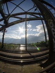 Brücken alt und neu (-BigM-) Tags: deutschland germany hessen frankfurt main brücke bridge railway eisenbahn