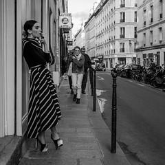 (Manuel Soleado) Tags: urbana social callejera street parís ricohgr