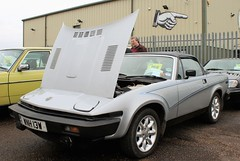 WNH 13W (Nivek.Old.Gold) Tags: 1981 triumph tr7 convertible 3500cc aca