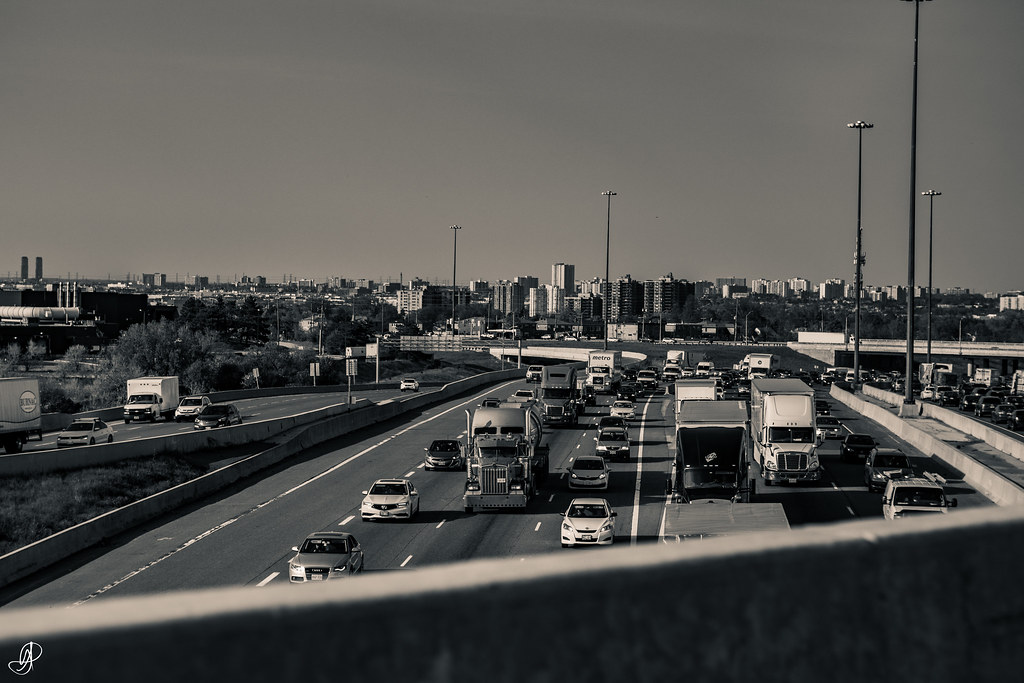 The World's Best Photos of 401 and traffic - Flickr Hive Mind