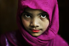 THE SPARROW HAWK (N A Y E E M) Tags: romana girl child servant maid portrait afternoon yesterday availablelight indoors colors home rabiarahmanlane chittagong bangladesh