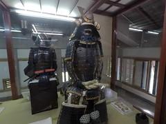 Castle armor3 _orig_LG (Hazbones) Tags: iwakuni yamaguchi yokoyama castle kikkawa suo chugoku mori honmaru ninomaru demaru wall armor samurai spear teppo gun matchlock map ropeway