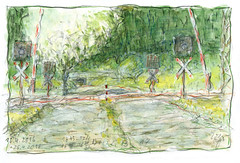 Wolfram Zimmer: Painting while walking - Malen im Gehen (ein_quadratmeter) Tags: wolframzimmer kunst konzeptkunst objektkunst meinzimmer meinezimmer freiburg burg kirchzarten ausstellung ausstellungen exhibition exhibitions malerei aus der palette painting zu fus malen zeichnen foot drawing